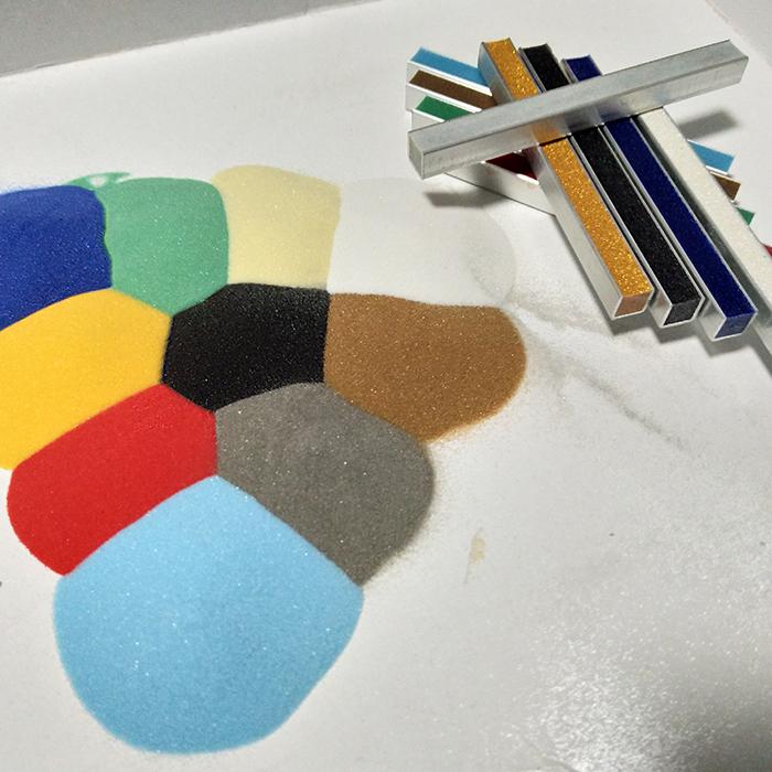 烧结玻璃微珠生产 烧结玻璃微珠不掉色 厂家供应生产